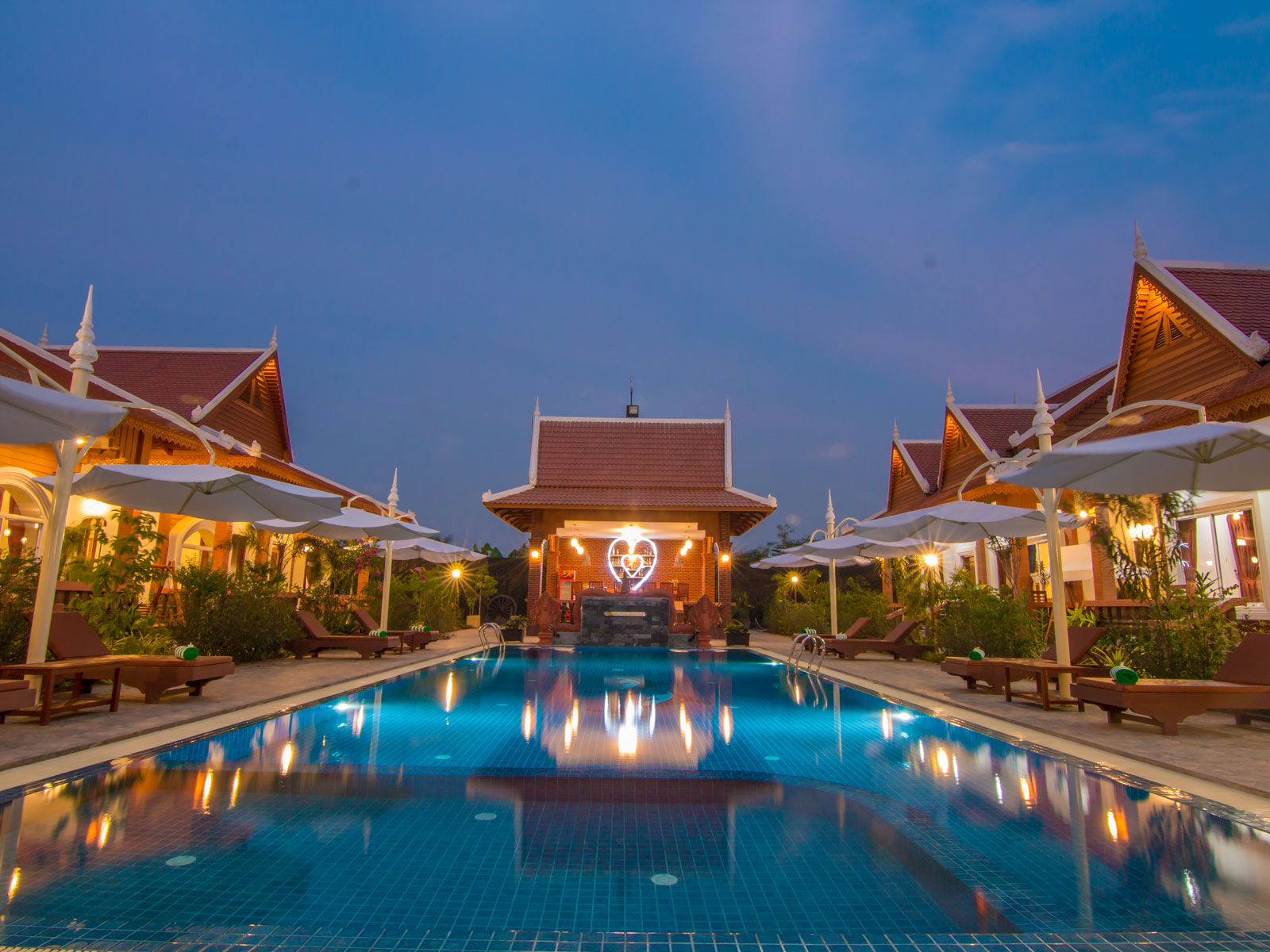 Ravorn Villa Boutique Resort & Restaurant